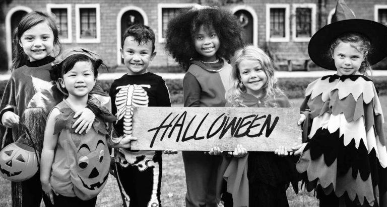 #HalloweenSafety #AvanteSecurity #TrickorTreatingTips #HomeSecurity